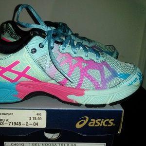 Asics Gel Noosa Tri 9 Running Shoes. Size: 5